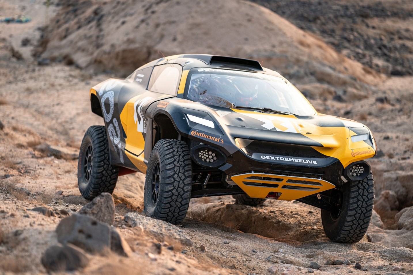 "Continental Develops Special Tires for New ""Extreme E"" Racing Series"