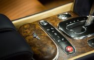 Mulliner Makes New Open-Pore Walnut Veneer