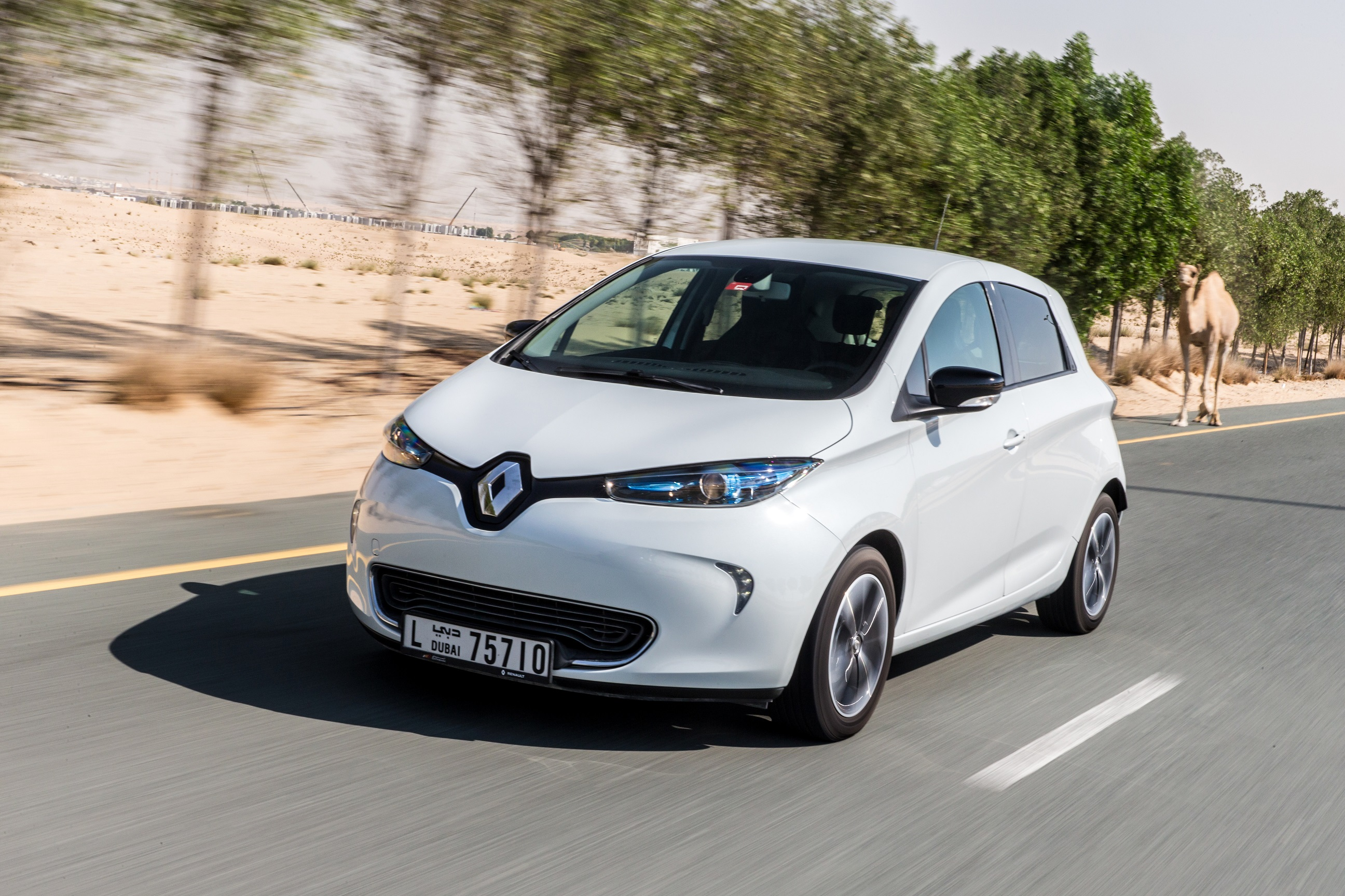 Renault Middle East Promotes Electrified Models with Promotional Renault ZOE lease offer
