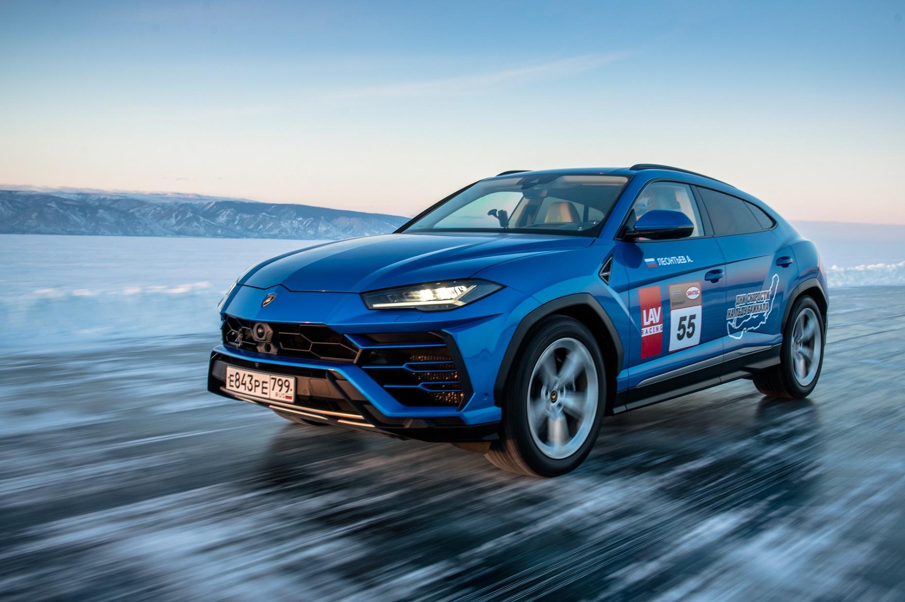 Lamborghini Urus sets high-speed record on the ice of Lake Baikal