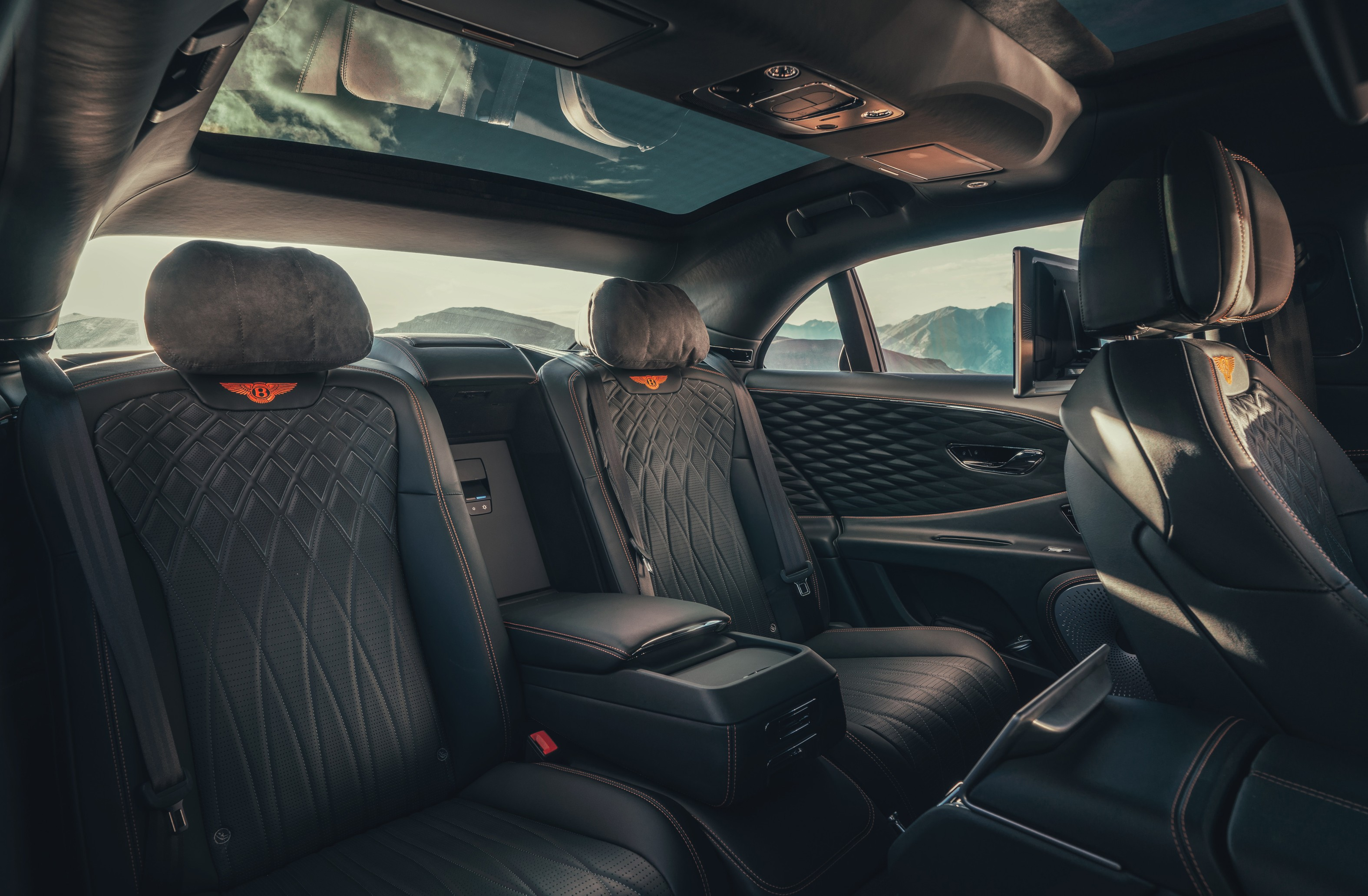 Flying spur in detail Specifying the ultimate rear cabin