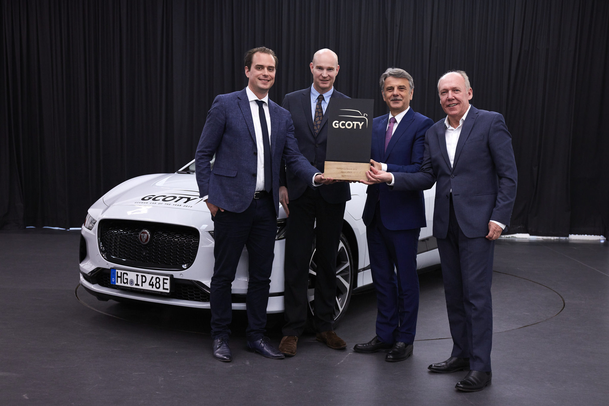 Jaguar Electric I-Pace Wins Car of the Year Award in Germany