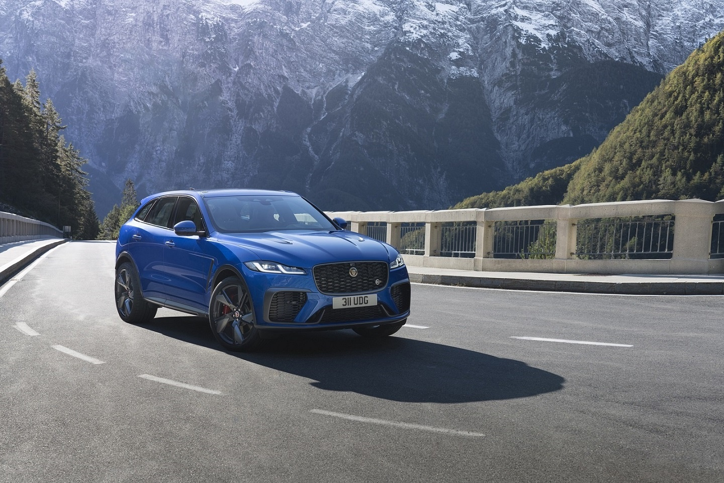 NEW JAGUAR F-PACE SVR