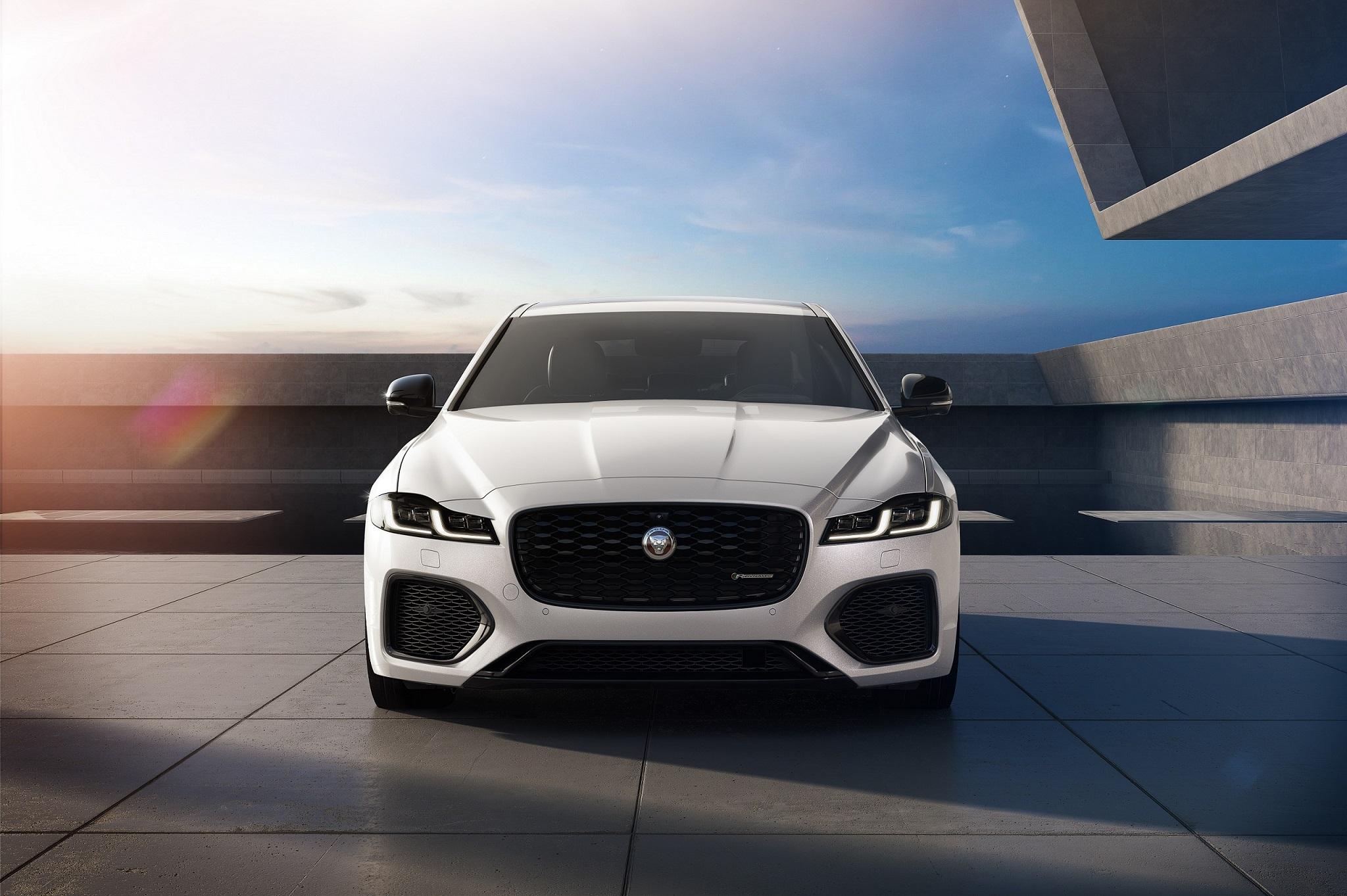 Jaguar Xf And Xe R-Dynamic Black