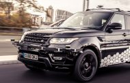 Jaguar Land Rover Develops Lighting System for Self-Driving Vehicles