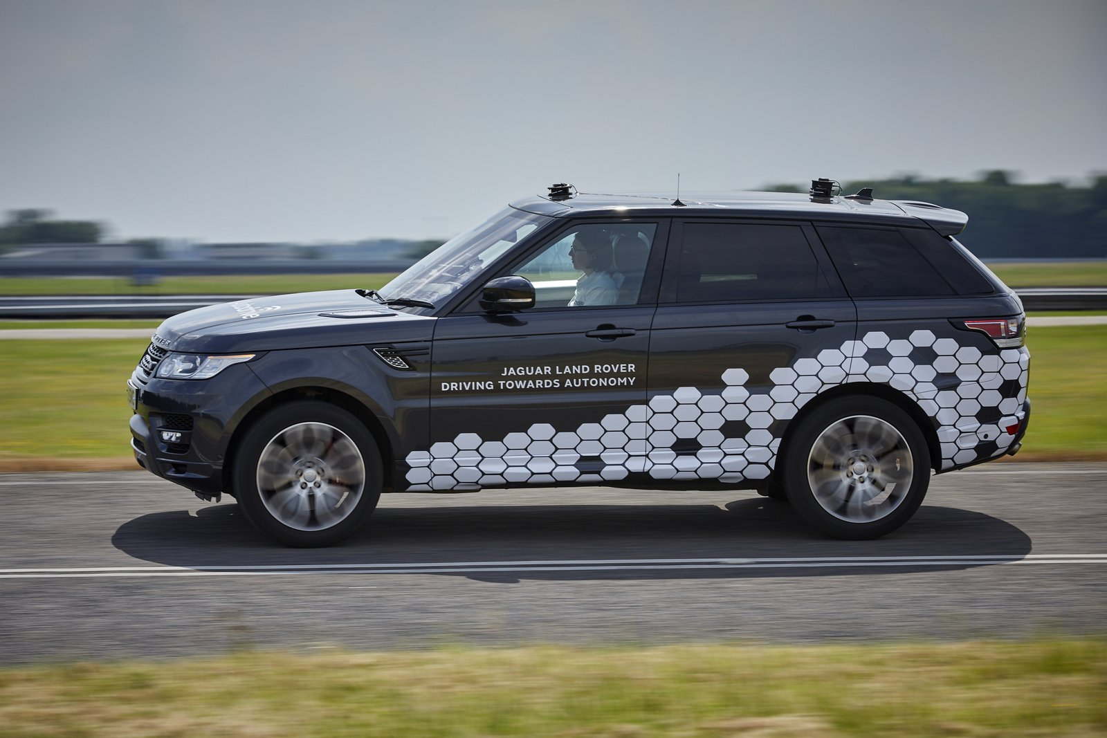 Jaguar Land Rover to Focus on Off-Road Autonomous-Driving System with Project Cortex