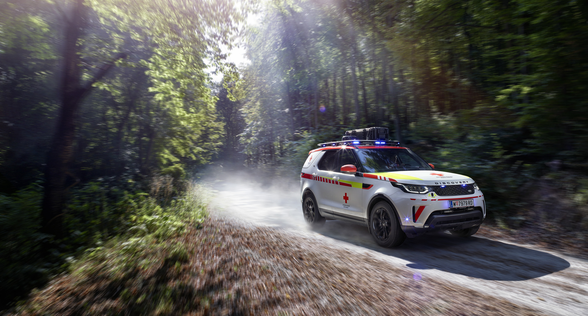 Land Rover Donates Vehicle to Red Cross Emergency Fleet
