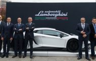 Lamborghini Teams Up with MIT to Develop Lighter Materials