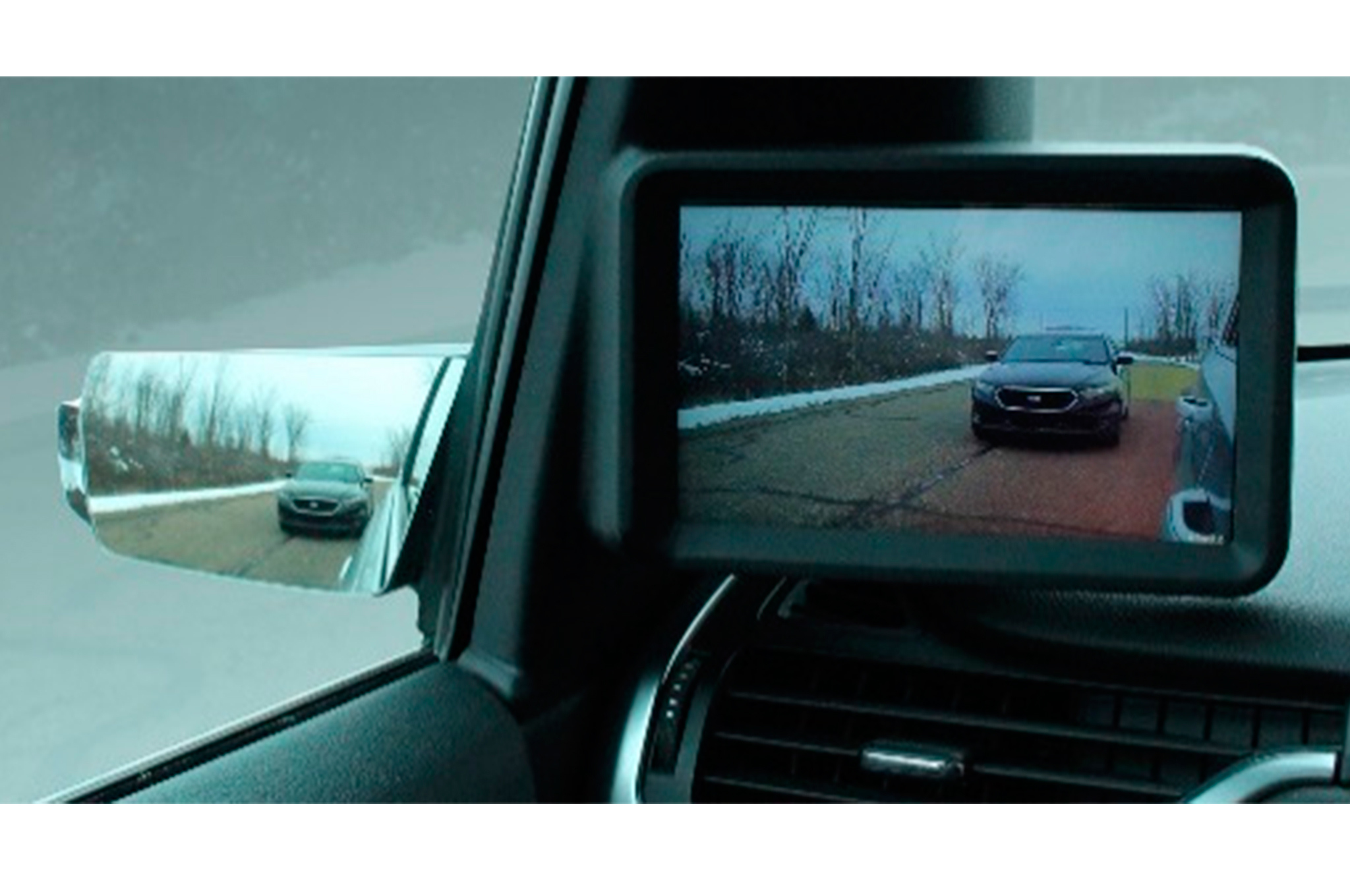 Magna Debuts Mirrors with Cameras