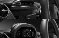 McLaren Develops Slim Display Mode for 720S
