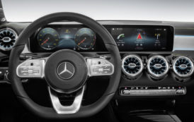 Mercedes Unveils New Multimedia System with AI