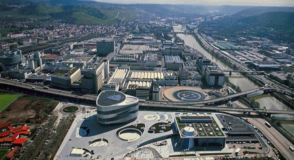Mercedes-Benz Scales Up Engine Plant for Electric Mobility