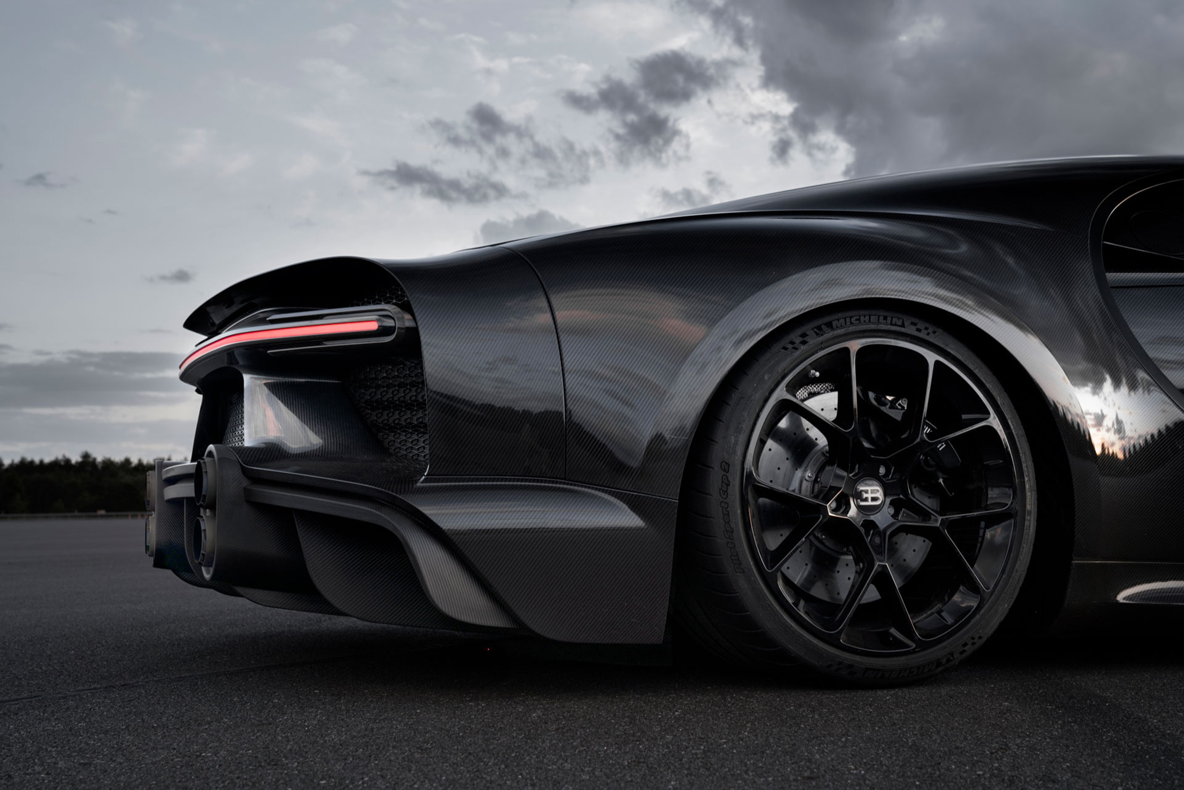 MICHELIN Pilot Sport Cup 2 Becomes Fastest Street Legal Tire in the World