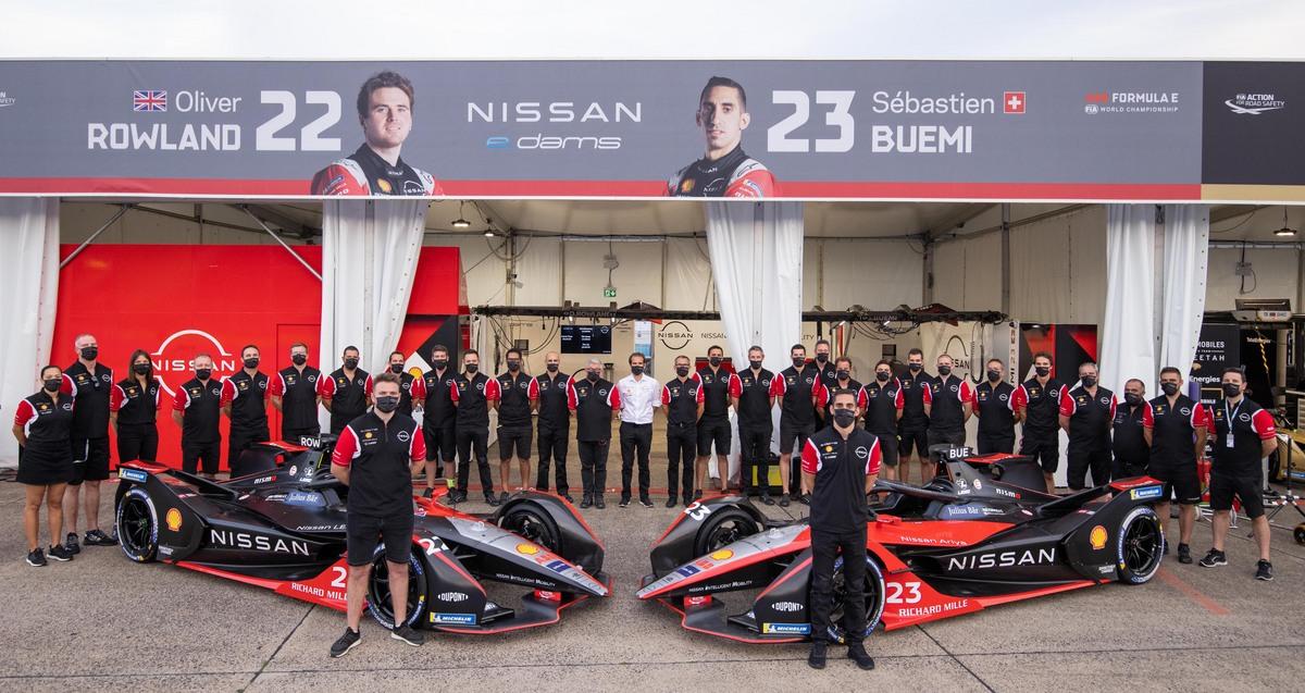 Nissan e.dams scores podium in final race of Formula E  World Championship season