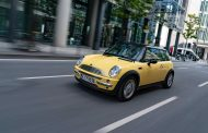 The MINI – for 20 years the original in the premium segment of small cars