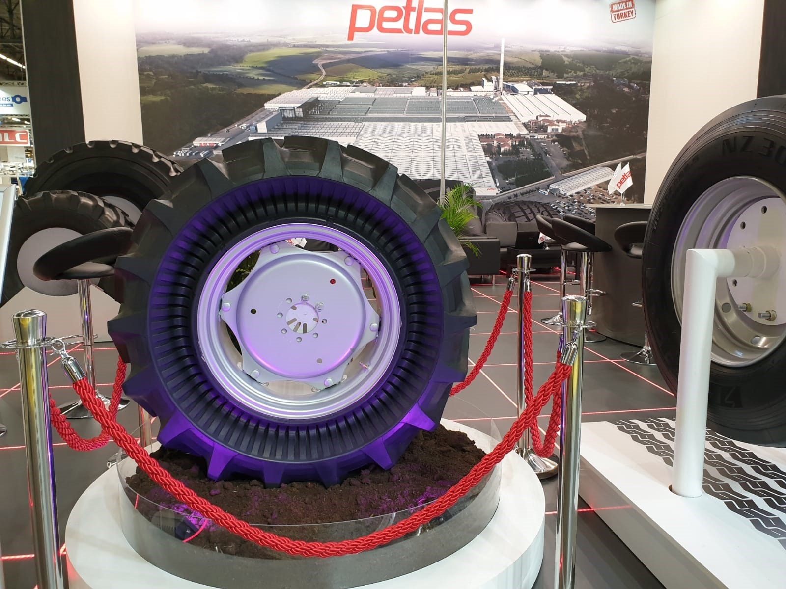 Petlas Uses SIMA Show to Launch New Tire