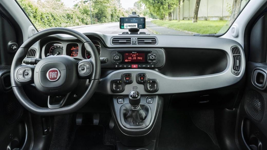 Fiat Joins Connectivity Bandwagon with Panda Waze