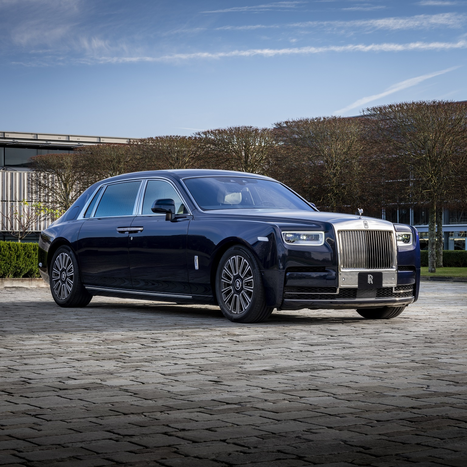 ROLLS-ROYCE CLIENTS SEEK SOLACE IN BESPOKE CREATIVITY DURING 2020
