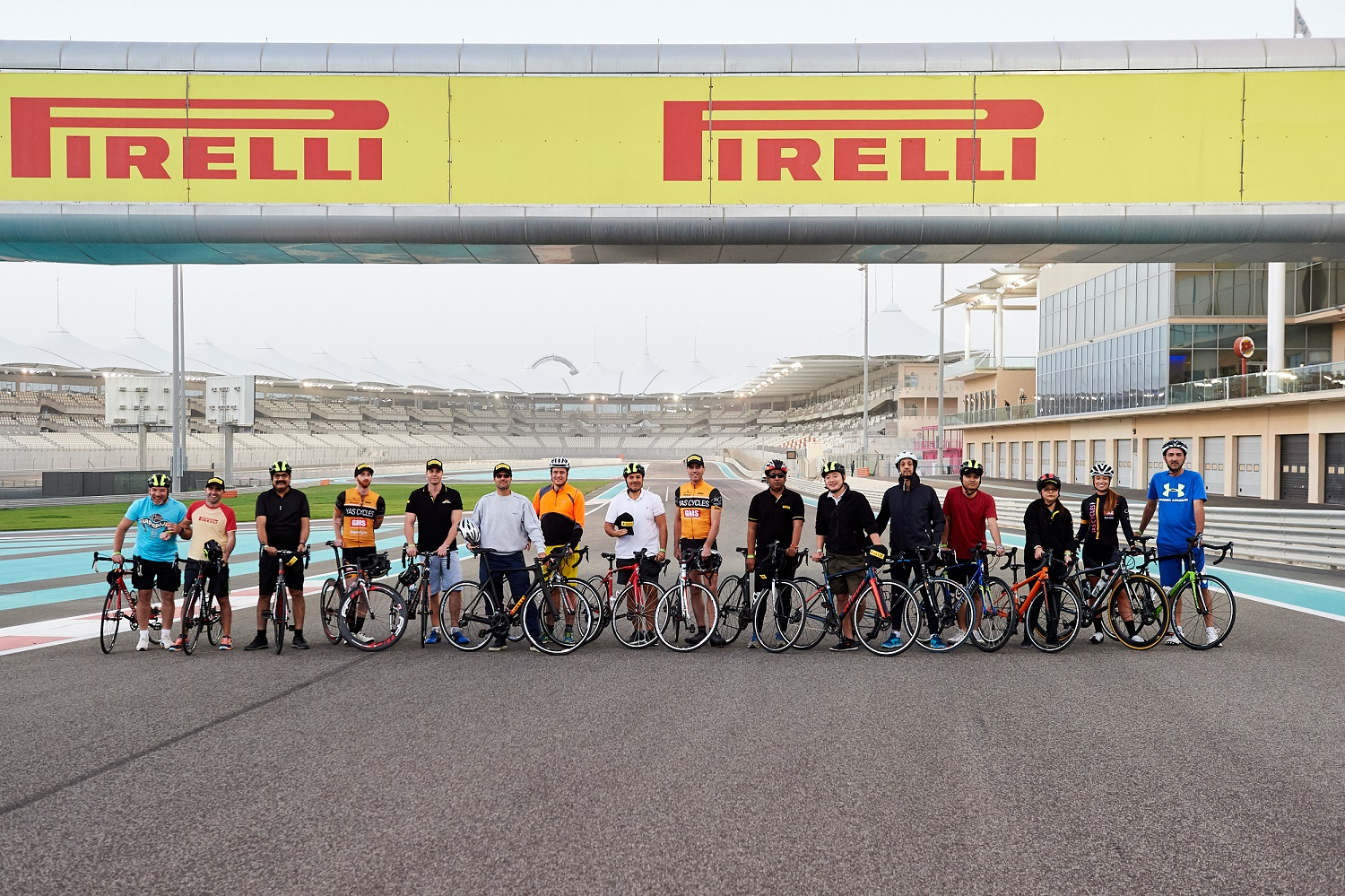 Pirelli Returns to Cycling with Velo Tires and Yas Cycles