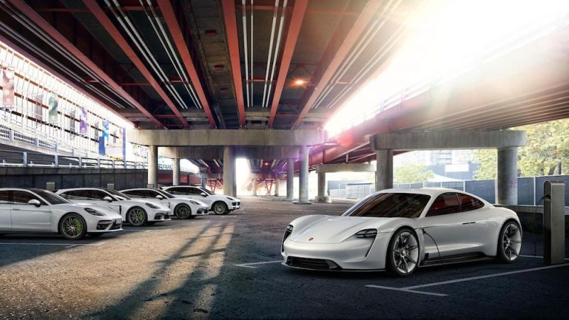 Porsche Launches Digital Charging and Payment App