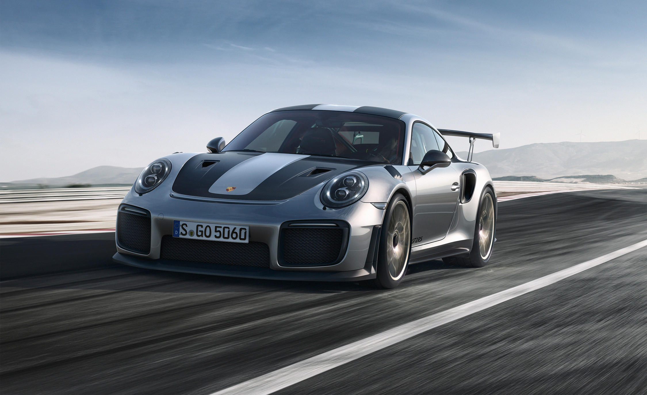 Porsche Opts For Dunlop Tyre As Oe For 911 Gt2 Rs Tires Parts News