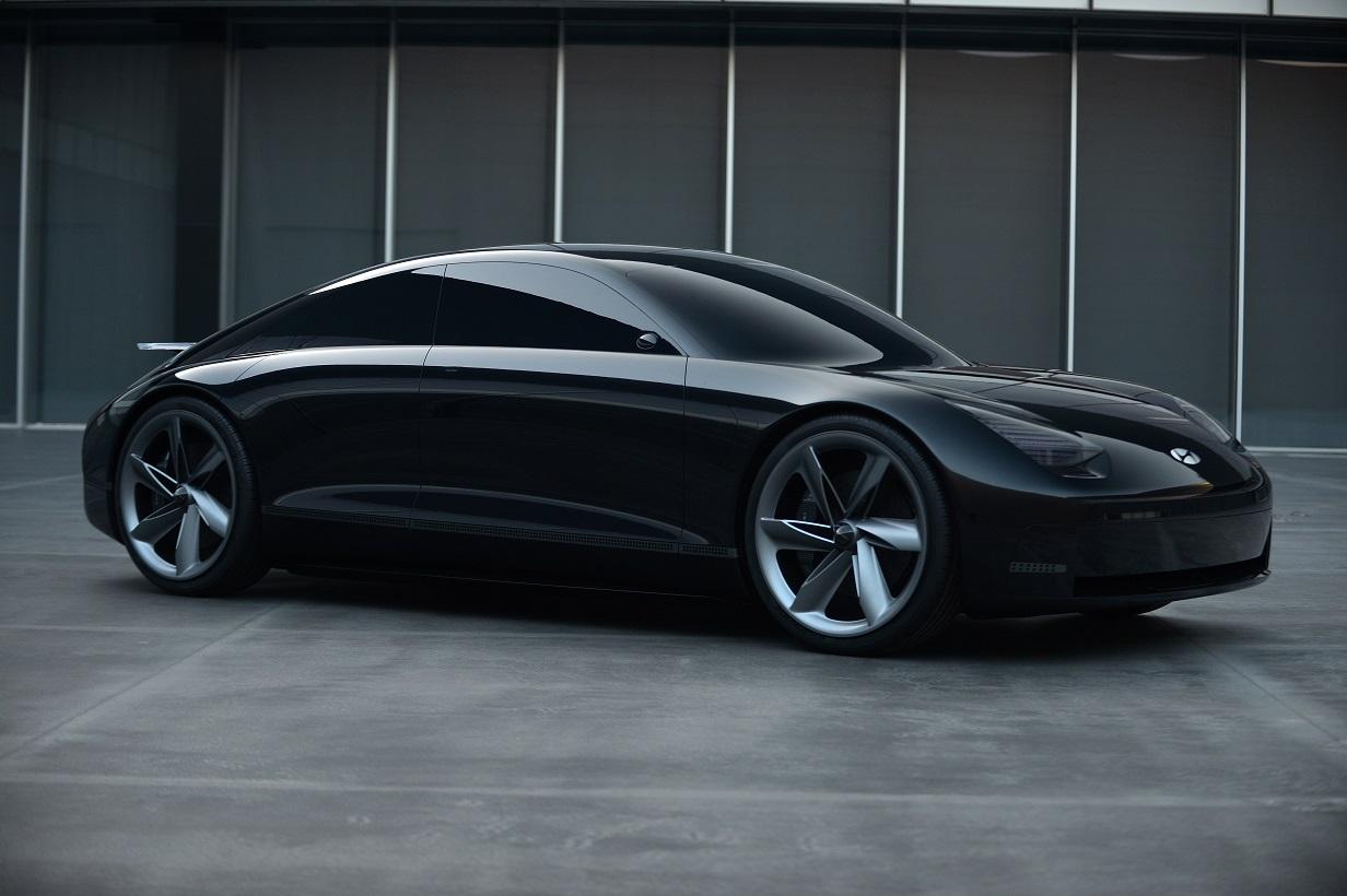 Hyundai Motor Sweeps iF Design Award 2021,  including Gold Prize for E-pit EV Charging Station