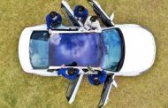 Hyundai and Kia Develop Panoramic Solar Roof to Reduce Energy Consumption