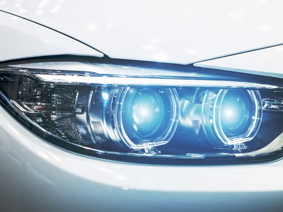 Texas Instruments Debuts Smarter Headlights at CES
