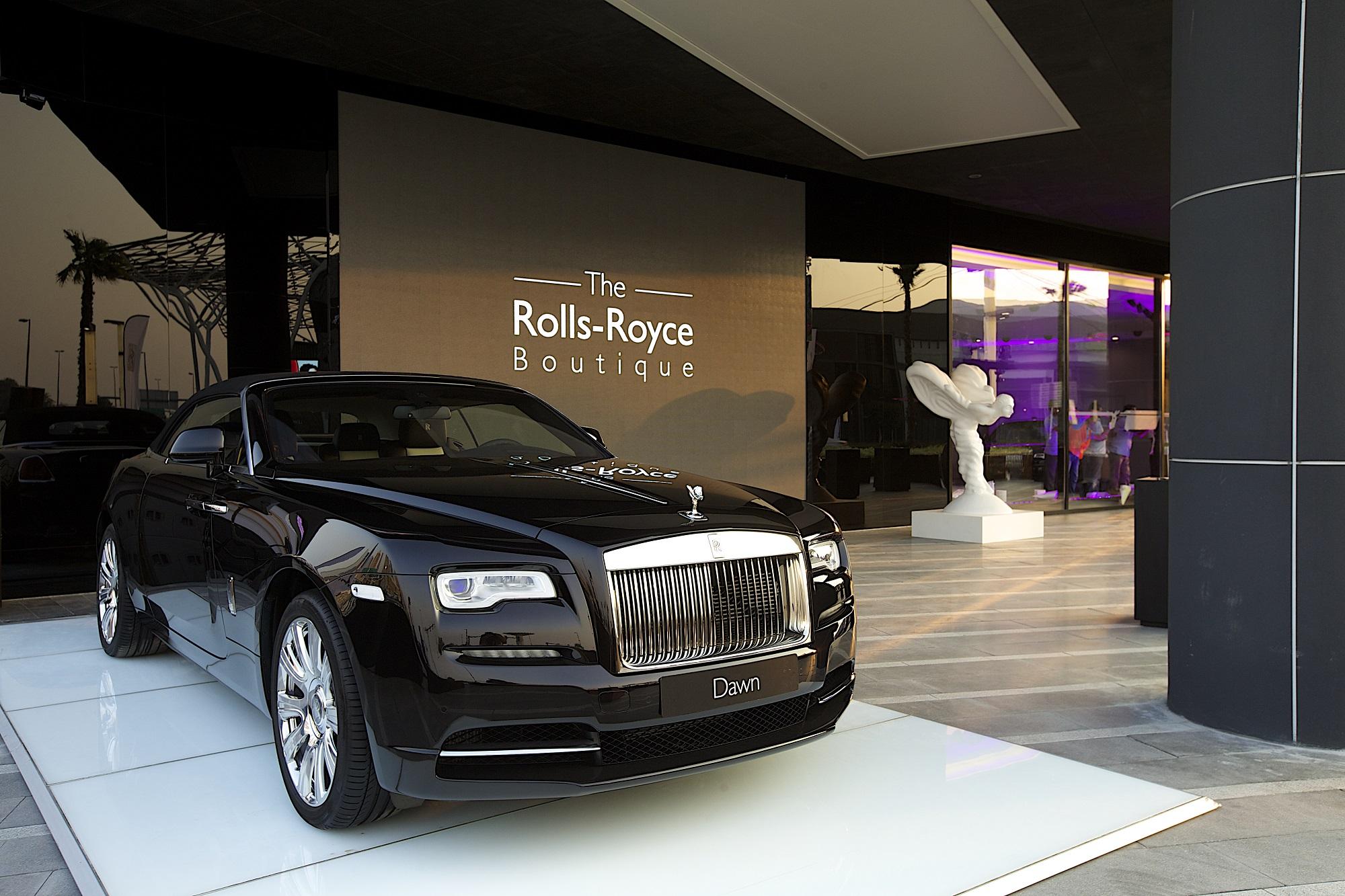Rolls Royce Dealers >> Agmc Highest Selling Rolls Royce Dealership Globally Tires