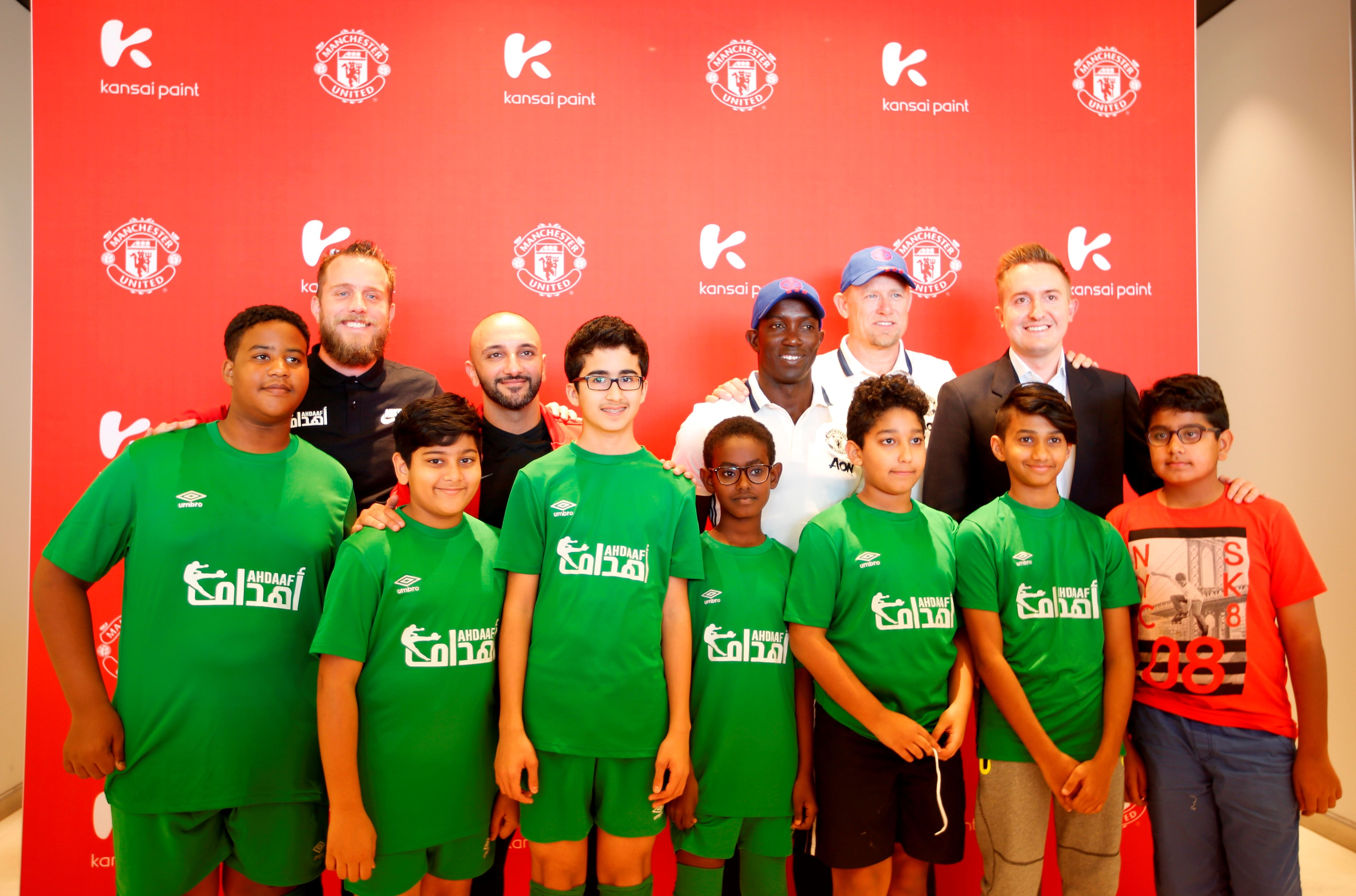 Kansai Paint Brings Manchester United Legends to Meet Fans in Dubai