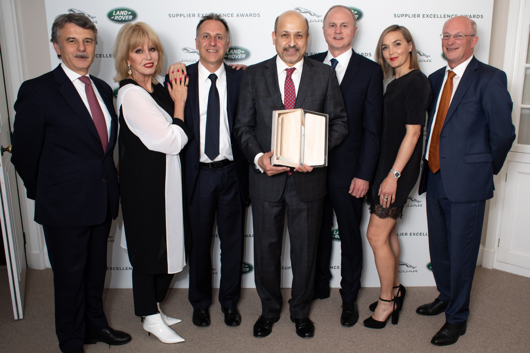 Visteon Wins Supplier Excellence Award from Jaguar Land Rover