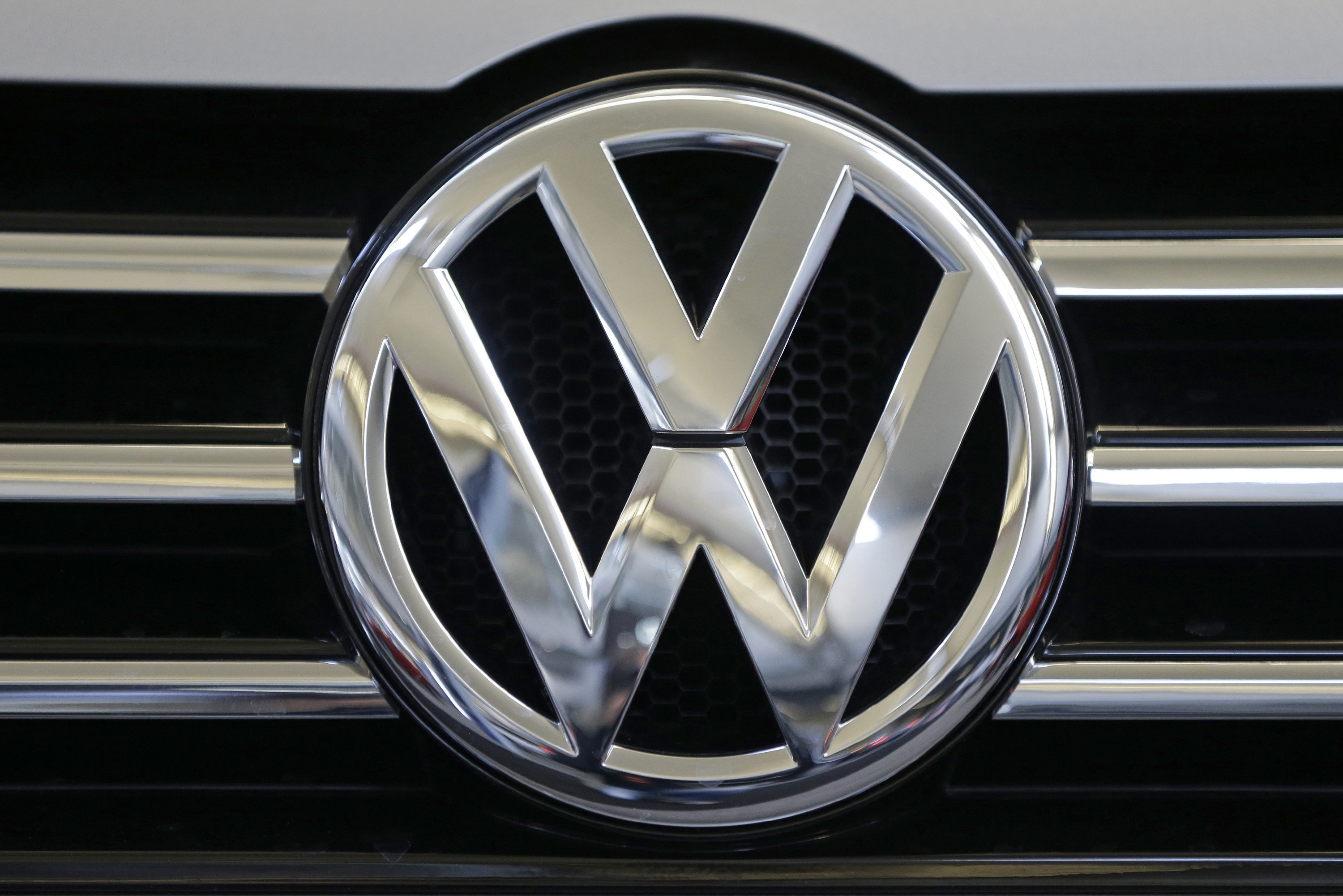 Volkswagen Likely to be Largest Carmaker after 10.8 million Deliveries in 2018