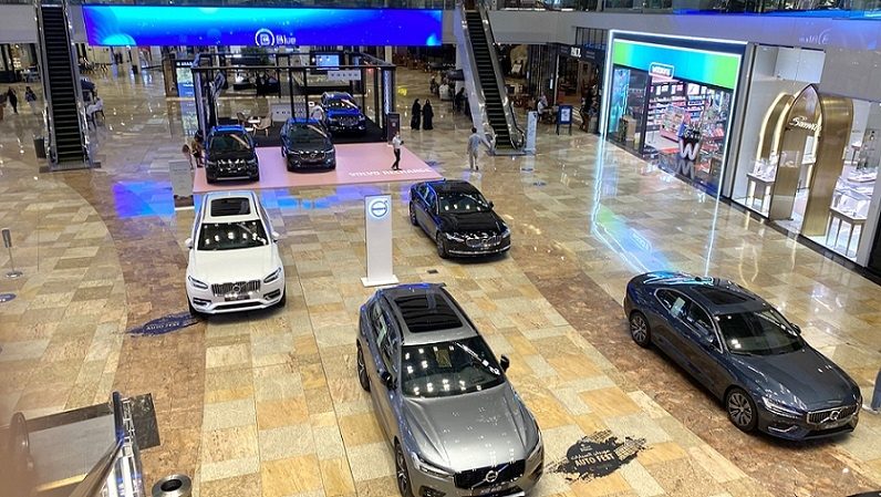 Volvo exclusive hybrid range takes centerstage at Auto Fest 2021