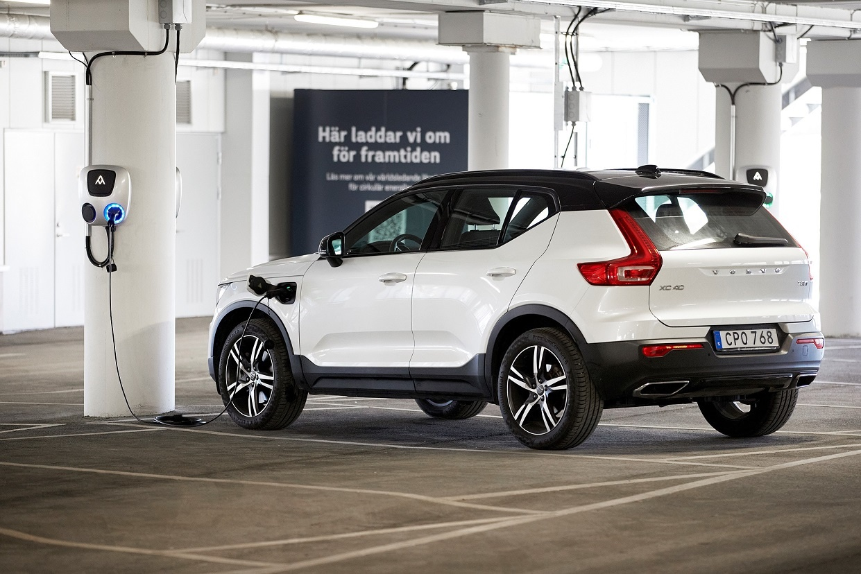 Volvo Cars to lower CO2 emissions and save billions in circular business aim