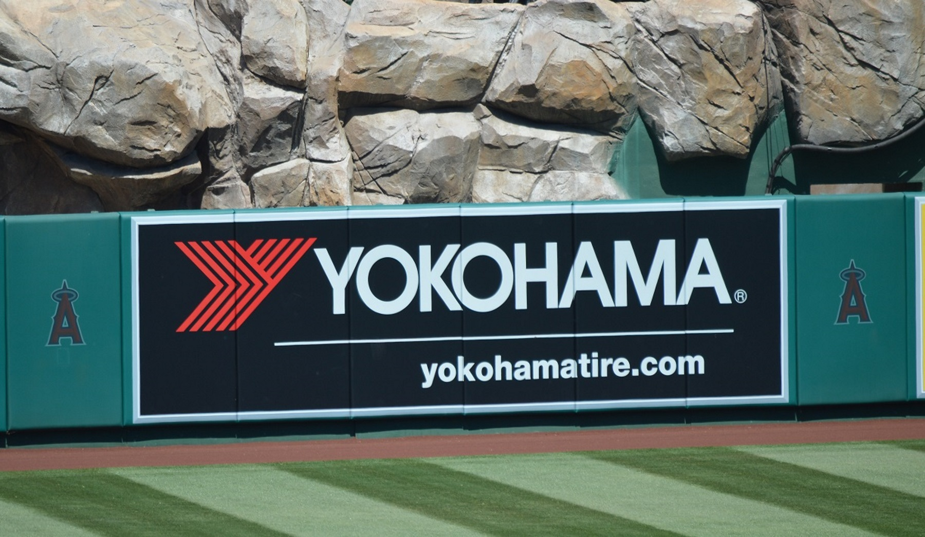 Yokohama Rubber Signs Partnership Agreement with Los Angeles Angels