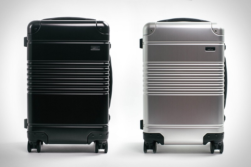 Arlo Skye Carryon Suitcase