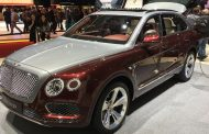 Bentley Debuts First Plug-In Hybrid