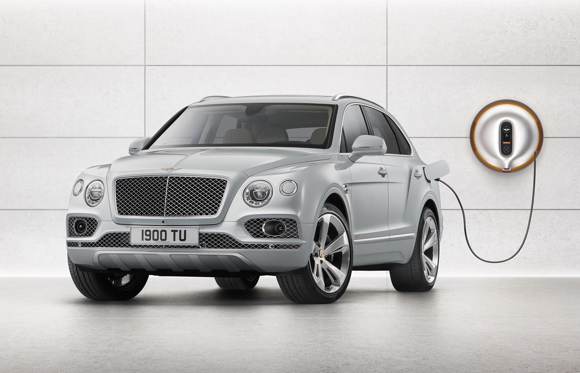 Bentley to Offer Hybrid Powertrain on Every Model by 2023