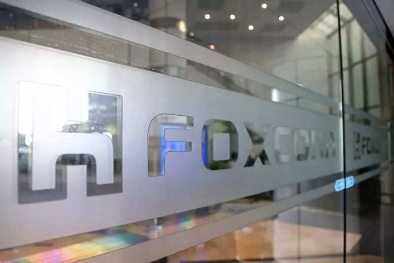 Foxconn-PTT partnership to expedite electric vehicles development in Thailand