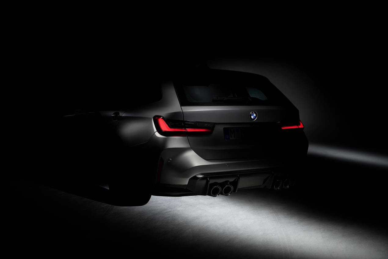 BMW M GmbH begins test drives with the first BMW M3 Touring