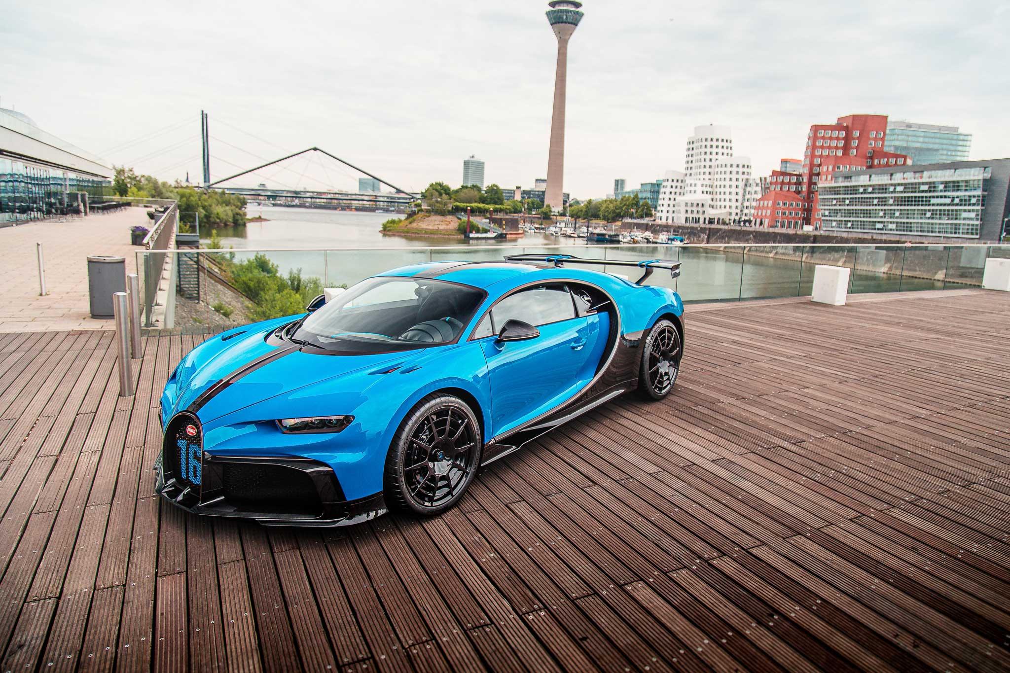 Bugatti Düsseldorf presents the new Chiron Pur Sport at European Roadshow