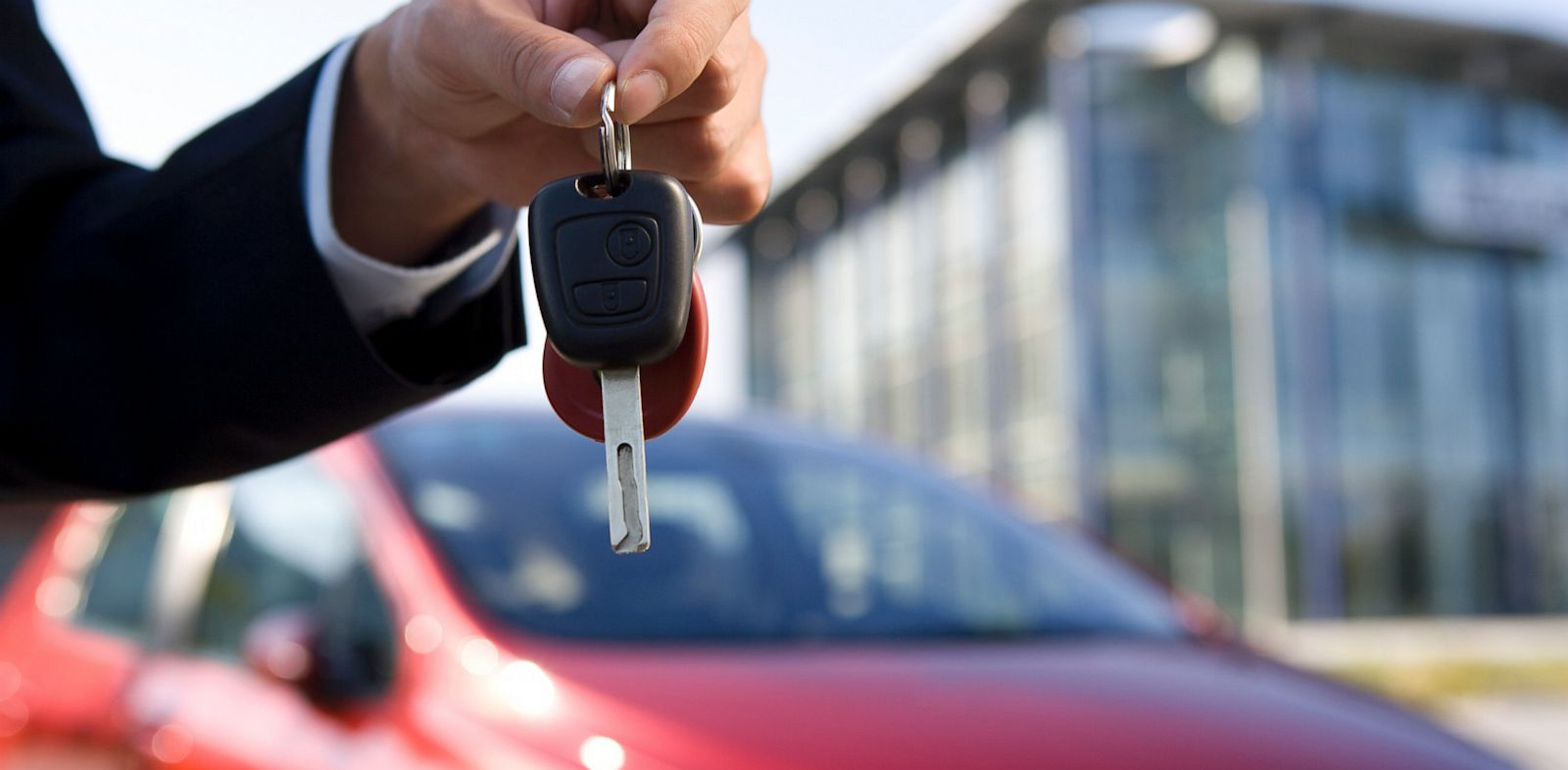 Study Finds Millenials Bust Gender Based Car-Shopping Stereotypes