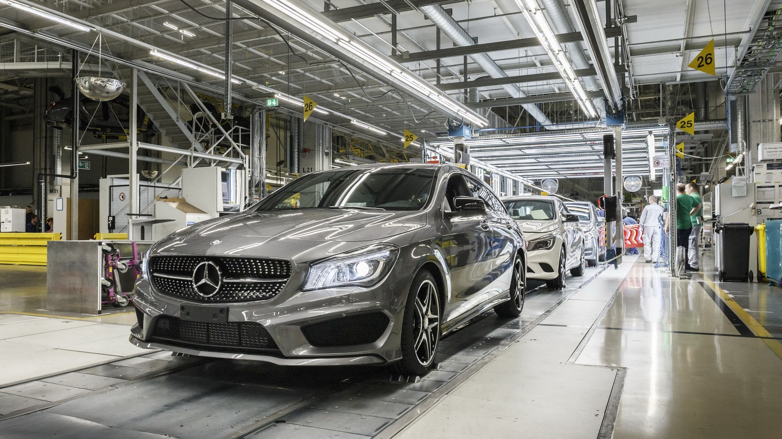 Mercedes-Benz Opens New Plant for Passenger Cars in Russia