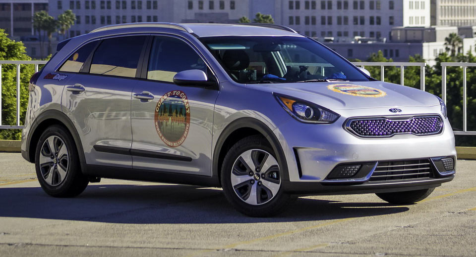 kia niro sets guinness world record for fuel mileage tires parts news. Black Bedroom Furniture Sets. Home Design Ideas
