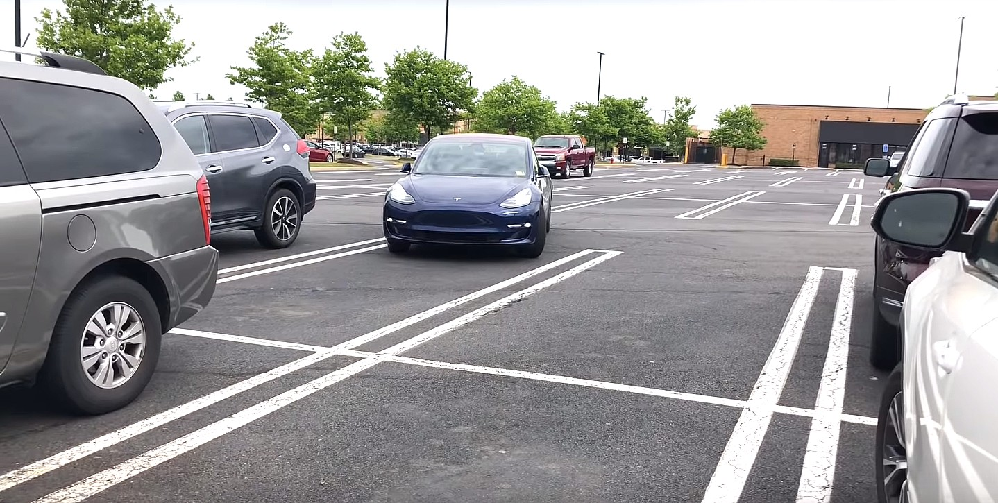 Tesla Creates Furore with New Smart Summon Feature