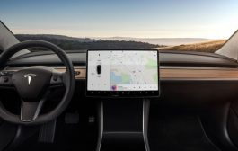 Tesla to Add Netflix and YouTube to In-car Display