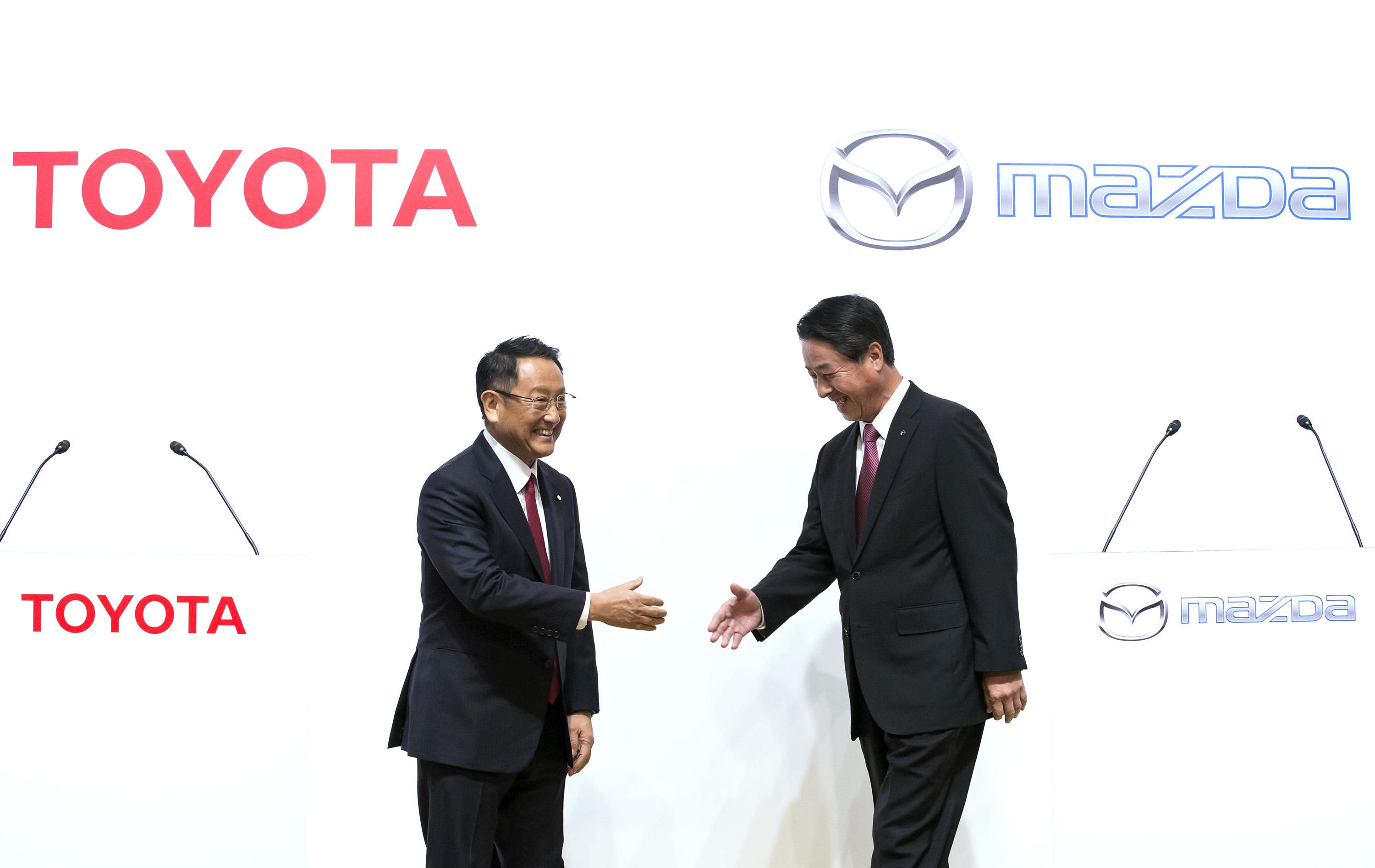Toyota to team up with Mazda to build EVs
