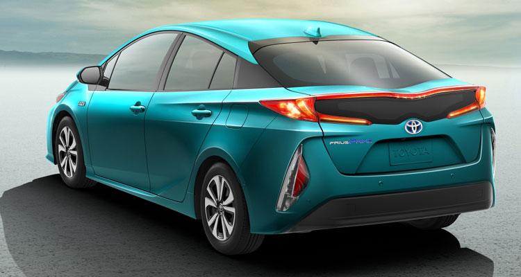 Toyota Takes to Carbon Fiber