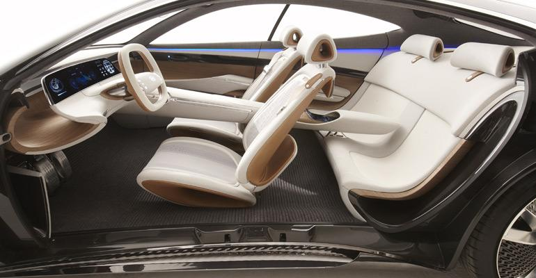 Hyundai Showcases New Interiors with Le Fil Rouge Concept