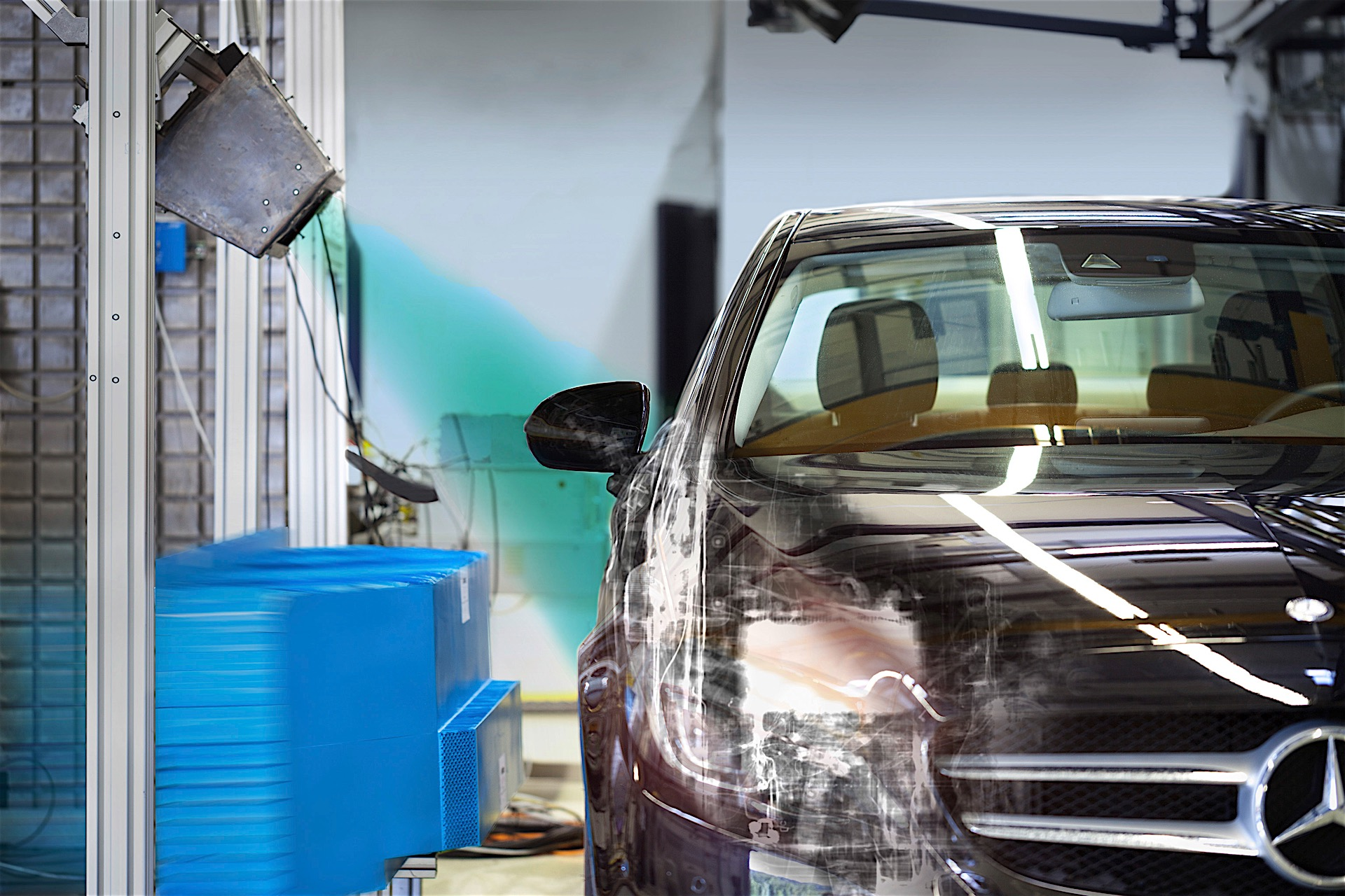 Daimler Using X-ray Technology in Crash Tests to Increase Safety